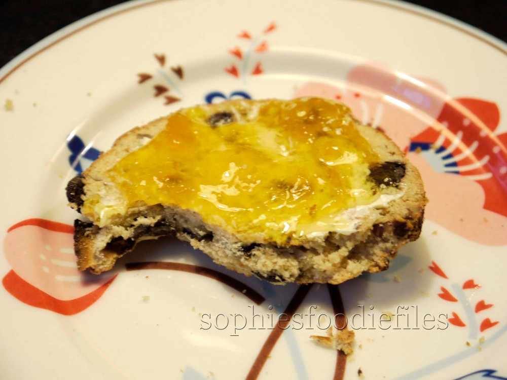 Sophie's healthy & tasty gluten free & egg free scones with chocolate & pecans (3/6)