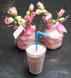 vegan-gluten-free-breakfast-smoothies-L-XQGLZQ