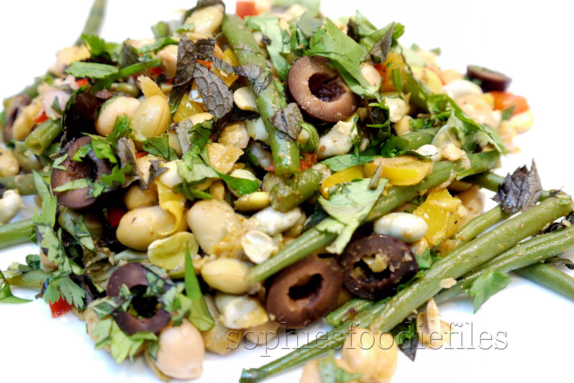 tasty & warm vegan 3 bean salad: using soy beans, thin green beans ...