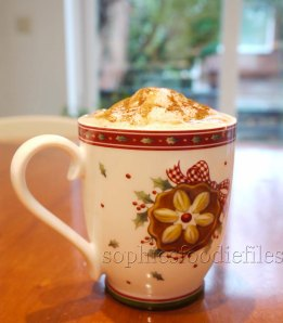Spiced hot chai latte with honey & cinnamon!