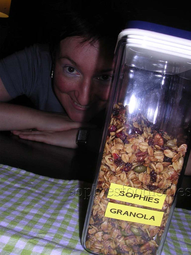 TTasty home-made vegan granola!