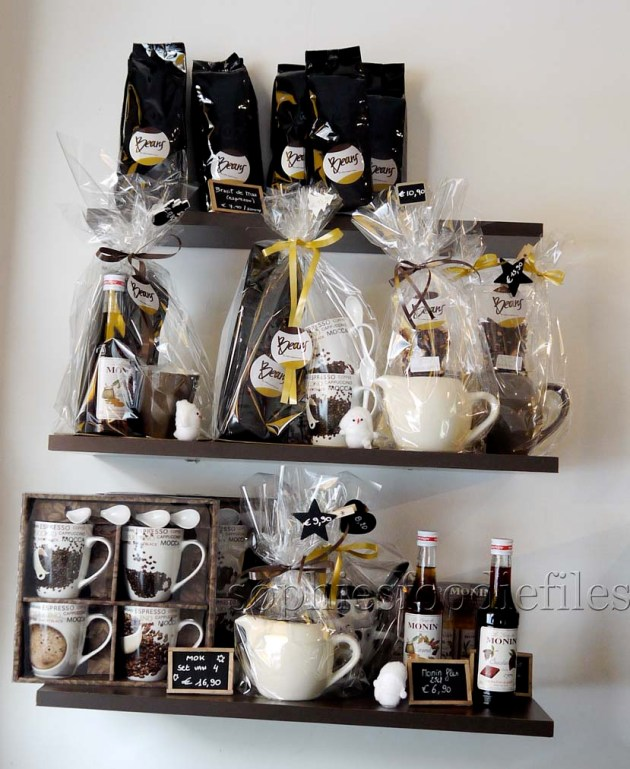 Lovely coffee related gifts: all beautifully wrapped up!