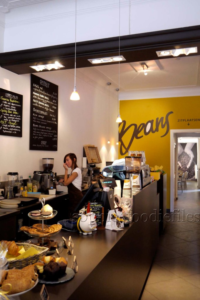 Beans coffee bar!Cosy, yummy & friendly staff!