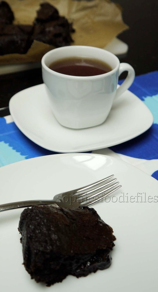 A tasty vegan brownie with a lovely cranberry tea!