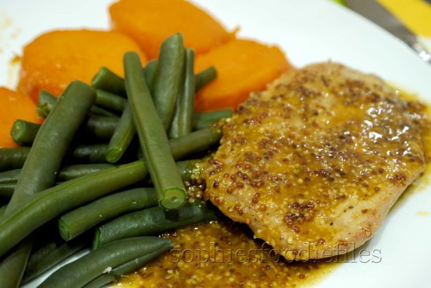A tasty & sublime dinner! That grain mustard &orange sauce goes so well on top of the cooked green beans!