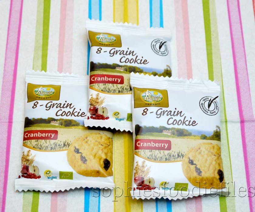 Vegan organic 8-grain cookies with cranberry, wrapped individually!
