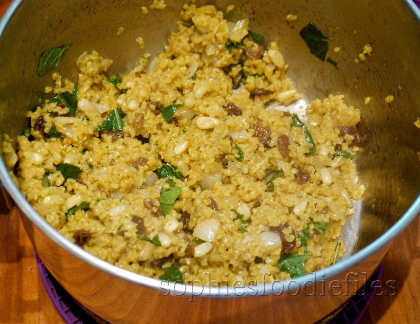 Wholewheat bulghur with saffron, pine nuts, onion, mint, cinnamon & coriander!