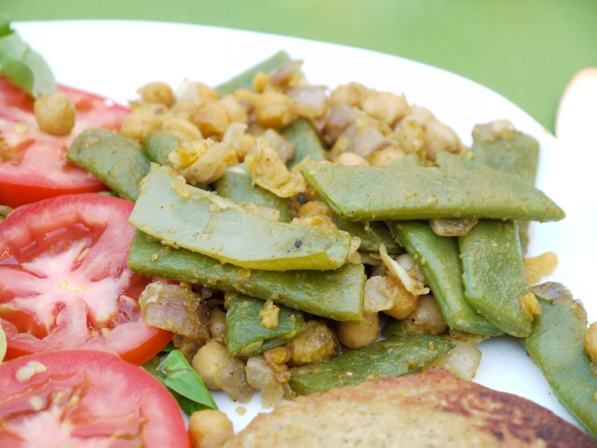 Spiced chickpeas & runner beans mix!