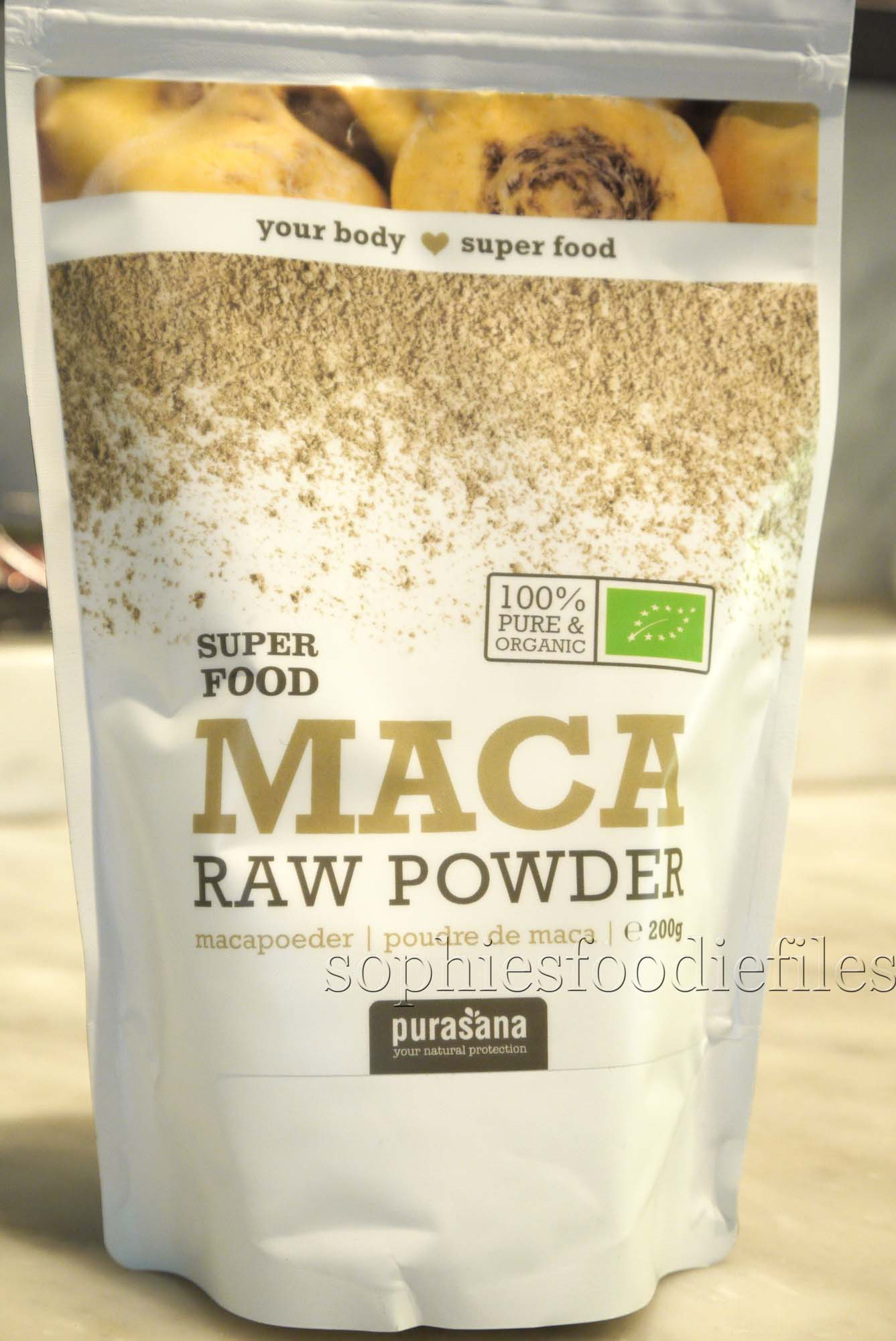 Superfood maca powder