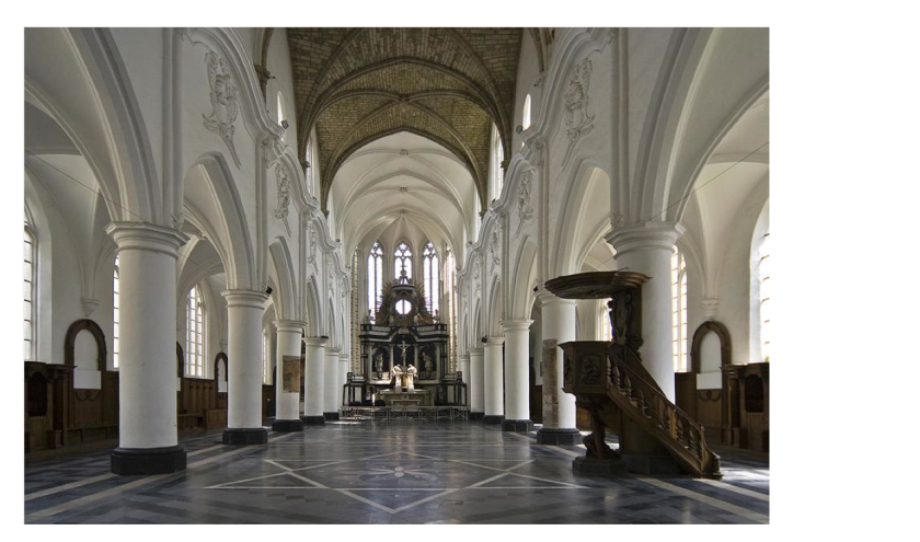 The lovely inside of this old gothic church!