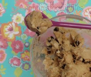 Vegan raw Gluten-free banana ice-cream with a twist!