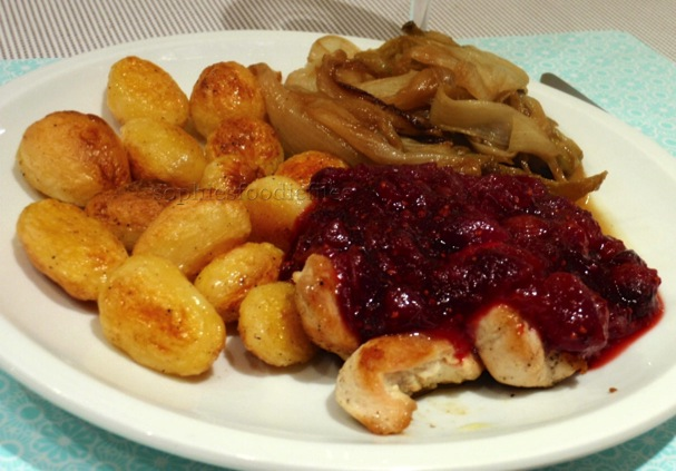 A lovely fresh cranberry sauce!